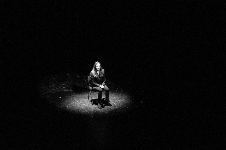 Le Présentateur&Les Candidats 068_by Christine Godeau