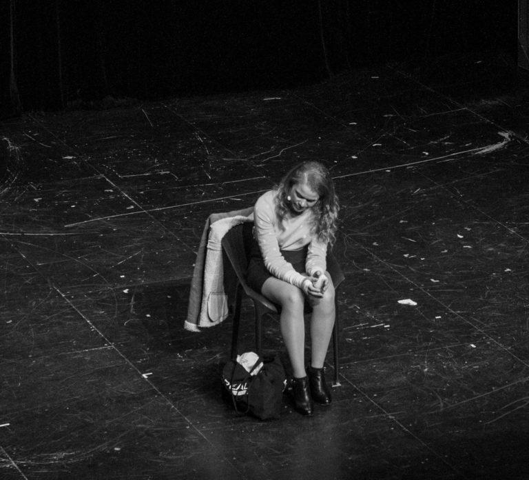 Le Présentateur&Les Candidats 072_by Christine Godeau